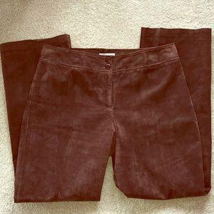 Pendleton 100% suede leather pants, machine wash.